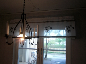 Våra nya gardiner i köket